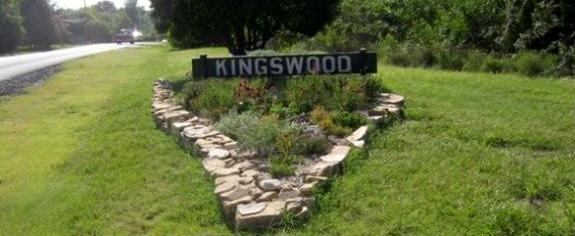 Kingswood entry feature